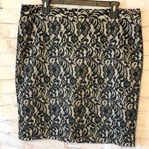 Worthington Black and Beige Lace Pencil Skirt